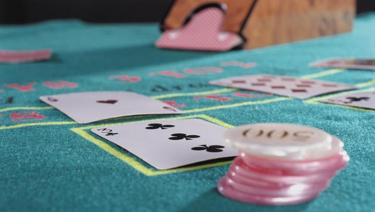 Las increíbles mesas con dealer en vivo de 777 Casino